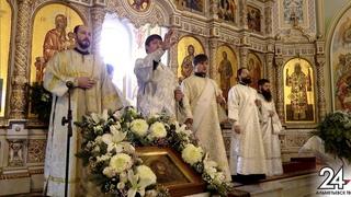 Митрополит Казанский и Татарстанский Кирилл возглавил Божественную литургию в Кафедральном соборе