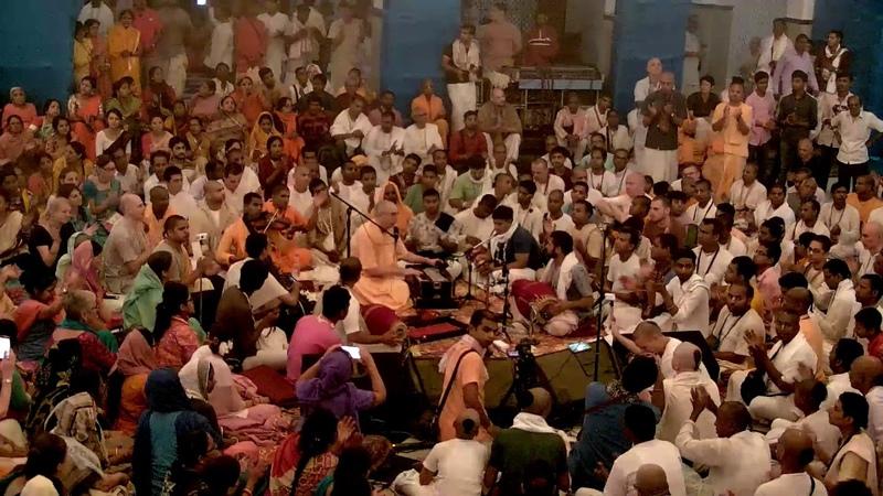 Gaura Purnima Kirtan 2019 HH Niranjan Swami