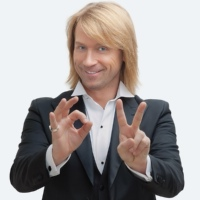 Oleg (Olegg Vynnyk) Vinnik