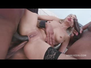 Legal Porno - Blackened Venera Maxima gets 3 BWC and 3 BBC for Balls Deep Anal, DAP, Gapes, Swallow, Creampie and Facial