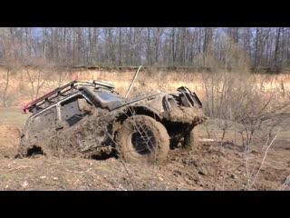 Land rover defender vs нива vs уаз vs suzuki grand vitara [off-road].