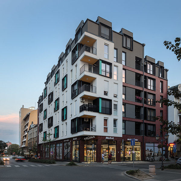 Residental and Commercial Building by Lazar Kuzmanov