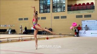 Lala Kramarenko - Ball  Online IT